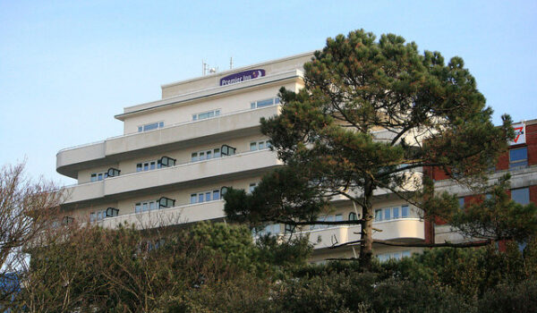Local Hotel - Premier Inn Bournemouth Central Hotel